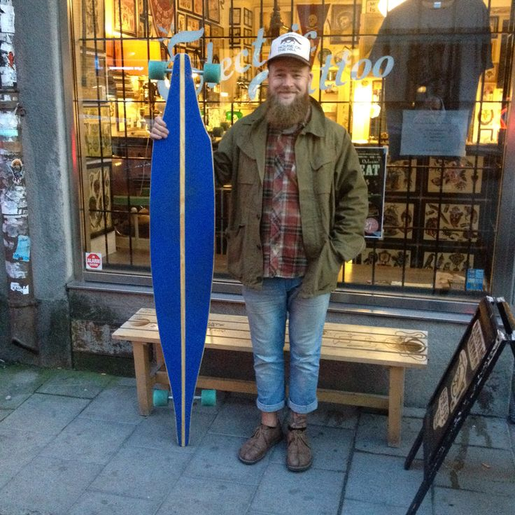 Ermanblixt megaboard frontside #longboard #cruiserboard #ermanflink #ermanblixt #handmade #woodcraft #megaboard #skateboard #buildalongboard