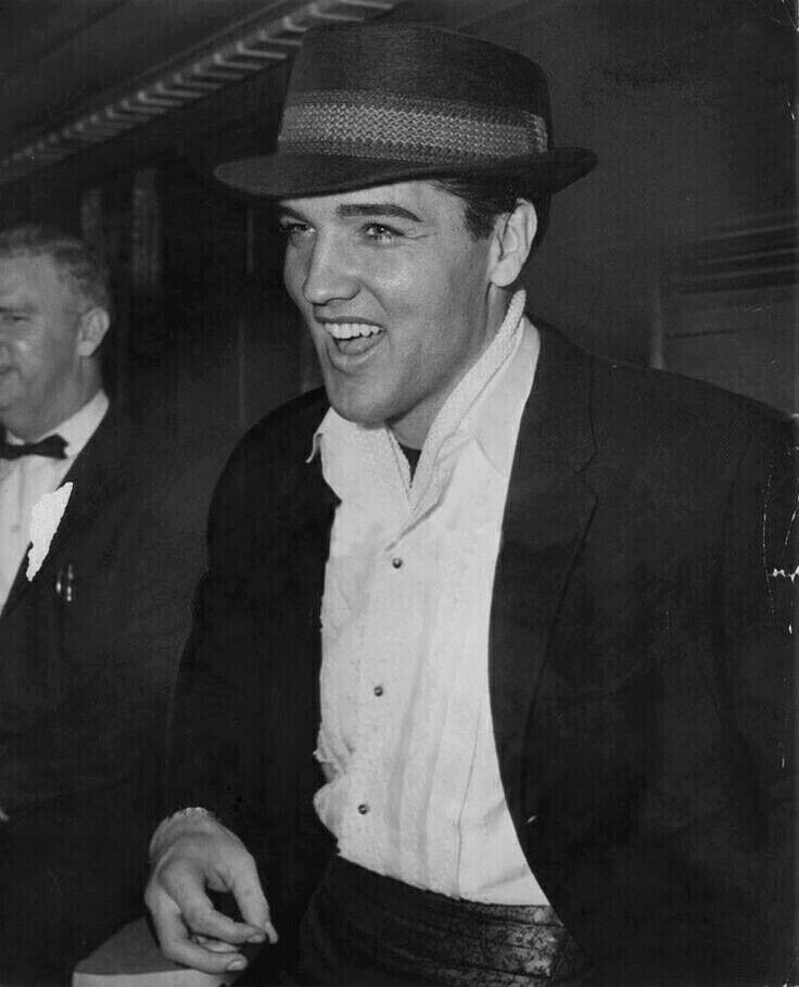 Elvis 03/22/60 (photo by Doug Kennedy, Miami Herald Staff)