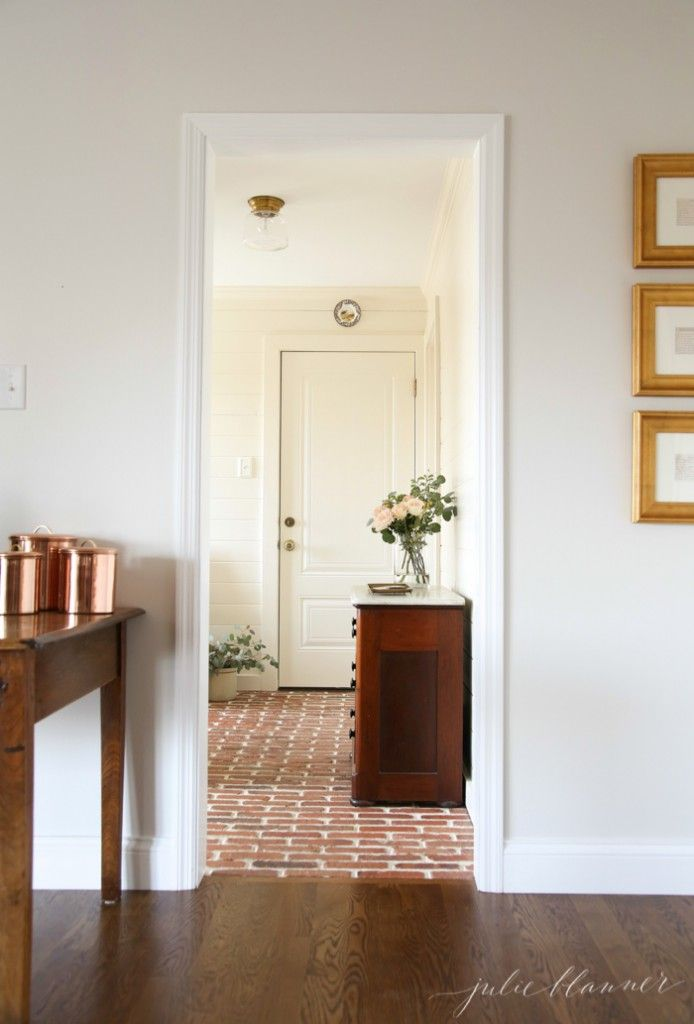 Stunning mudroom design from luxury home blogger Julie Blanner