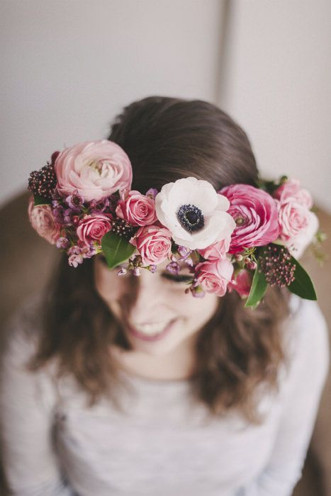 10 DIY Floral Wedding Crowns