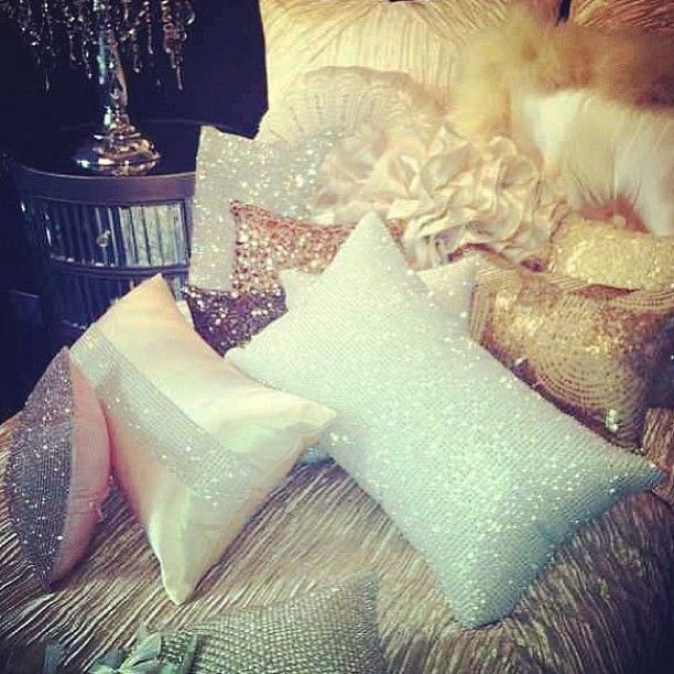1000 Ideas About Sparkly Bedroom On Pinterest Silver