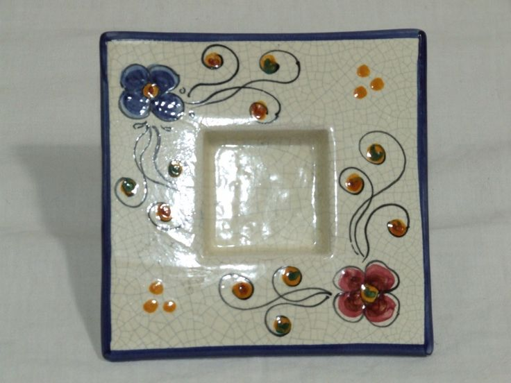 Cenicero de cerámica Diseño sencillo azul. Precio: 7,74 €  http://www.artesania-alla.es