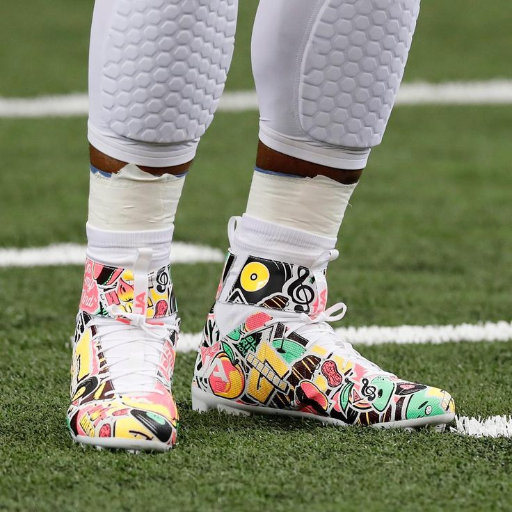 Cam Newton was feeling the groove with his pregame cleats.  (via @espnnfl)
