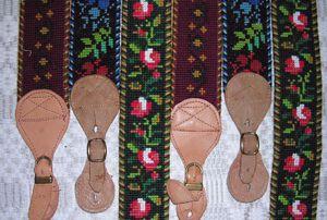 Bukseseler i brodert stramei og montert med skinn