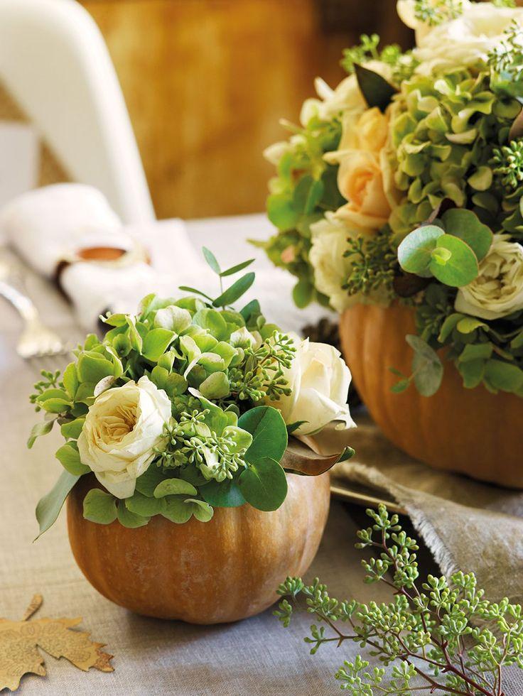 Centros de temporada  En las calabazas, bouquets de rosas, hortensias y hojas de populus. En Blanco Zinc.