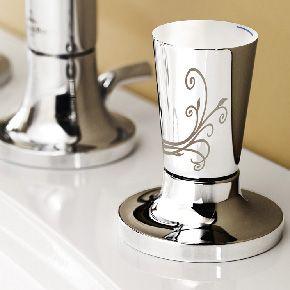 LaFleur Lavatory sink fittings - #chrome faucet with #ornate details | Villeroy & Boch
