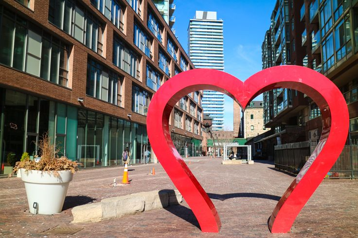Places to visit in Toronto for photographers - Distillery District http://voyagerezine.com