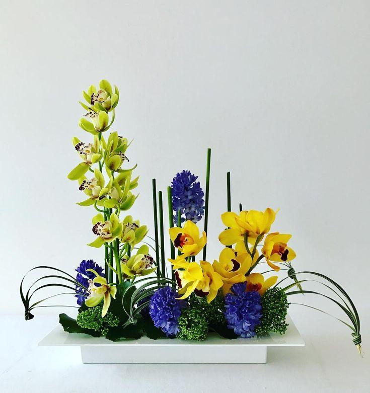 Цветы интернету, композиция из цветов ко дню города своими руками