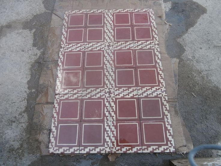 Antique encaustic tiles - panel  550 tiles - 236sq ft floor or wall