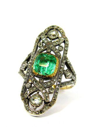 Georgian Emerald and diamond ring, circa 1820