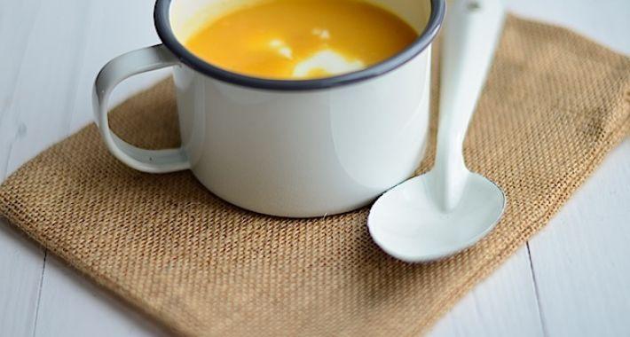 Een lekker recept voor een snelle pompoensoep, gezond, lekker en simpel.