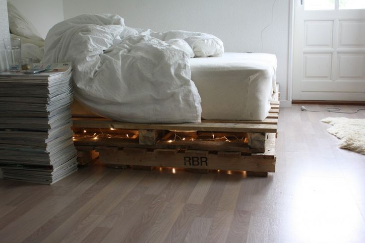 Fucking amazing DIY-bed! - Pinned from SilleWho? | Bloggers Delight