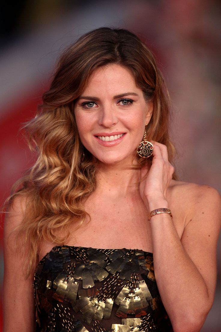 Stunning Elisabetta Pellini with Damianissima jewels at the Award Ceremony red carpet during the 9th Rome Film Festival