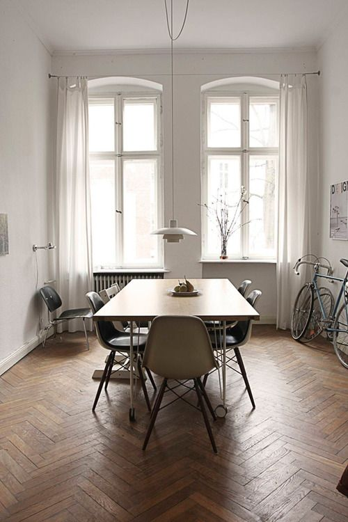 parquet flooring could it make the space feel too small?