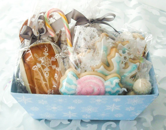 Christmas Cookie Gift Basket Decorated