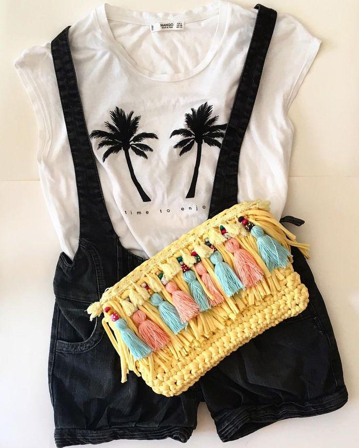 """28 Beğenme, 2 Yorum - Instagram'da Design by Feroni (@designbyferoni): """"@lockamel için şeker gibi bir yaz çantası hazırladım mutlu günlerde kullanın :) #handmade…"""""""