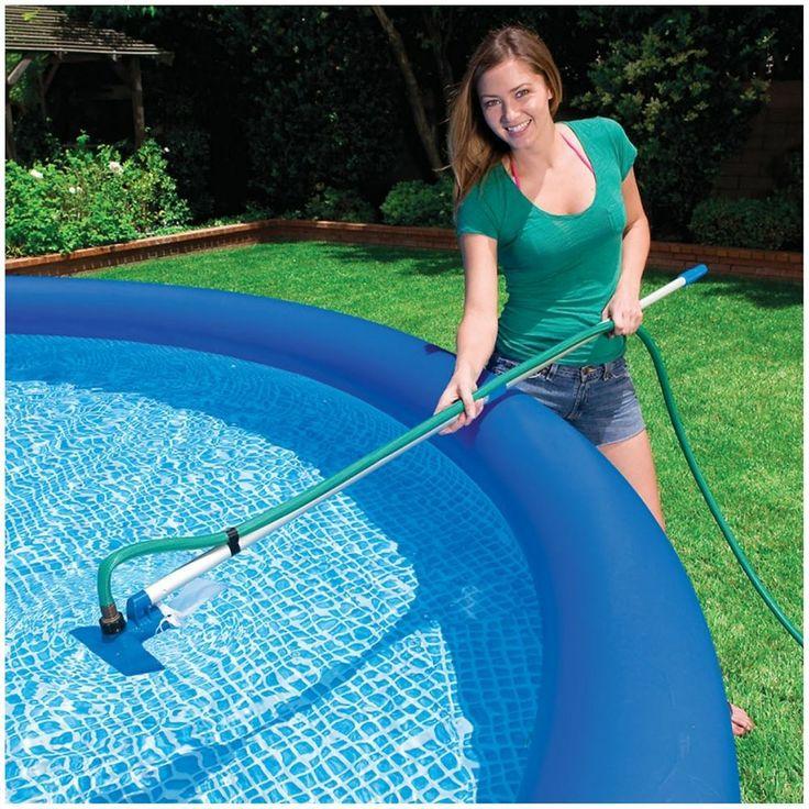 Cách sử dụng hút mềm vệ sinh bể bơi