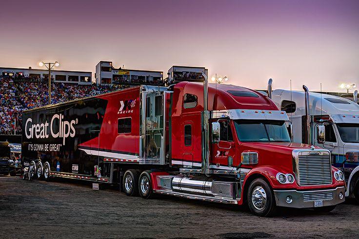 Kahne, Great Clips, Freightliner Coronado | Race ...