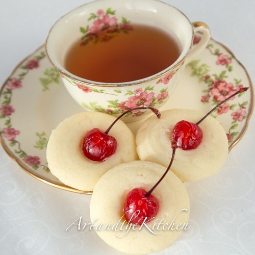 ArtandtheKitchen: Mom's Whipped Shortbread