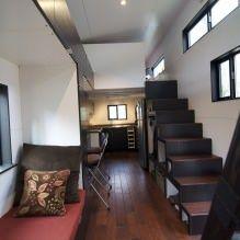 Интерьер передвижного дома-вагона с прицепом-7