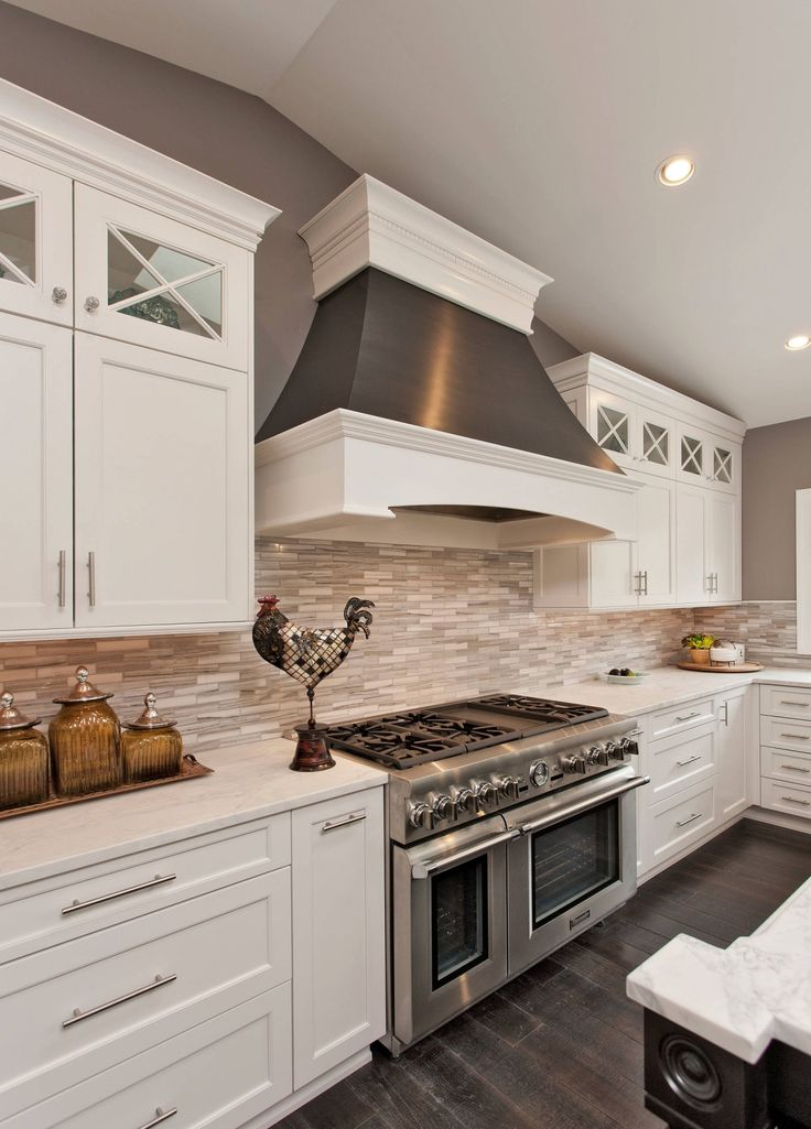 46 Reasons Why Your Kitchen Should Definitely Have White Cabinets - white kitchen cabinets