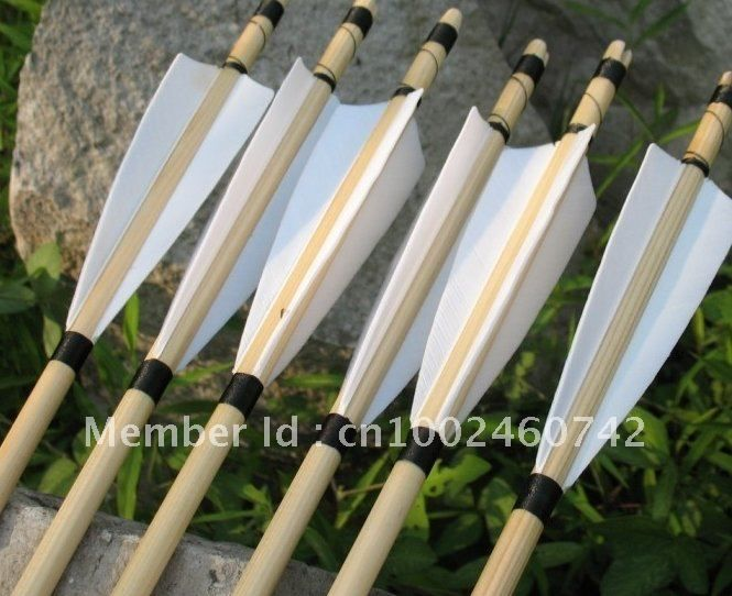 12pcs Traditional 80cm wooden arrows feather archery 30 55 ibs hunting recurve bow-in Bow & Arrow from Sports & Entertainment on Aliexpress.com
