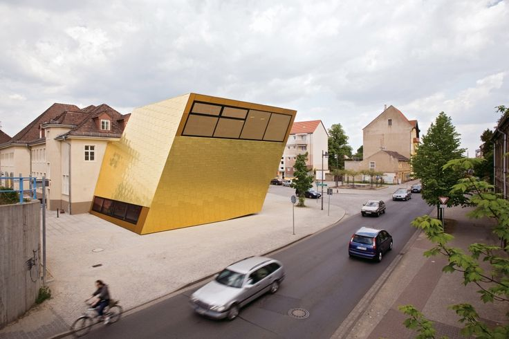 Luckenwalde, Germany: A new library wing was added to a former rail station.