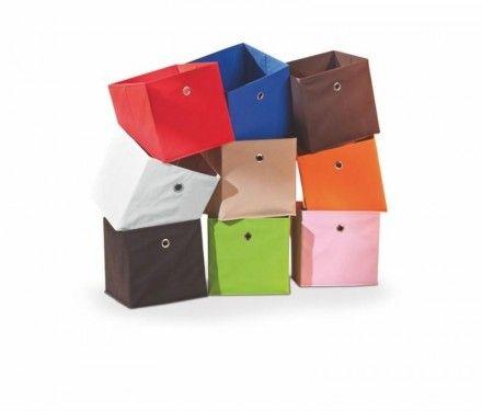 Perfektní látková zásuvka Winny je pevná, protože je vyrobená z odolné tkaniny. https://www.banaby.cz/knihovny-a-police/police/p/latkova-zasuvka-winny/