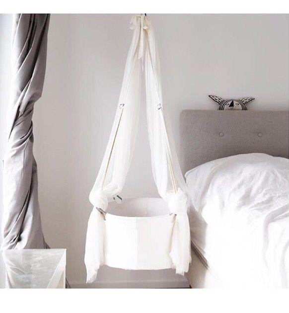Hanging bassinet