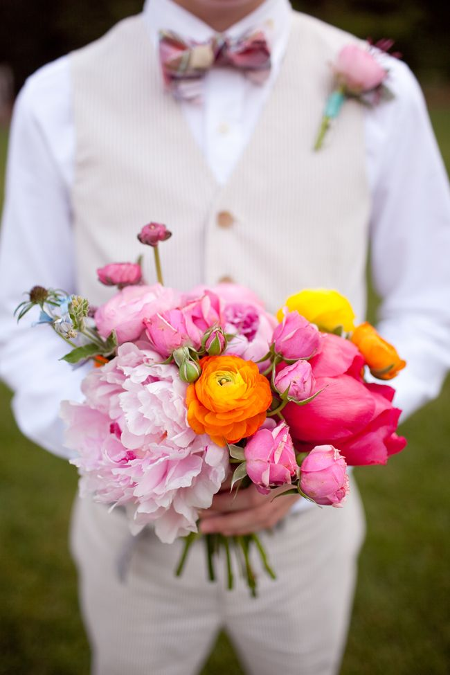 flowers by Amy Osaba //photography by Gina Zeidler: 25 Stunning, Romantic Wedding, Wedding Bouquets, Gina Zeidler, Sophisticated Bride, Amy'S Uncle, Wedding Photos, Wedding Blog, Summer Colors