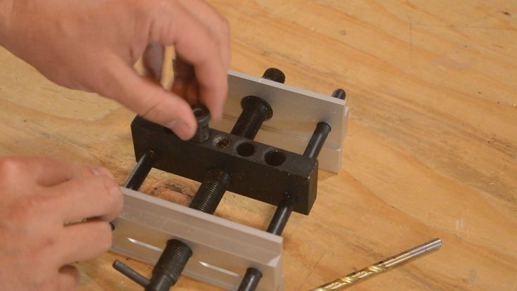 With our simple dowel jig, you can easily build durable projects that look just as good as those built with mortise-and-tenon or dovetails joints!