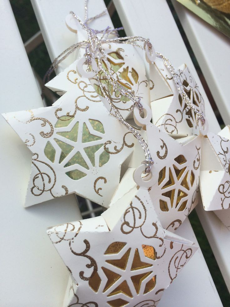 already getting orders in for these cute Christmassy Stars, PM me or comment below if you want me to add you to list. don't usually start advertising these until at least October, however everyone went crazy for these last year so advertising these early. 3d Cinnamon Scented Stars, cream cardstock, gold emboss swirls, pack of 6 for £7.50. Free delivery if you live in Walsall Wood, Aldridge, Great Barr, Sutton Coldfield Town Centre & surrounding areas, or £1.50 delivery if outside these areas…