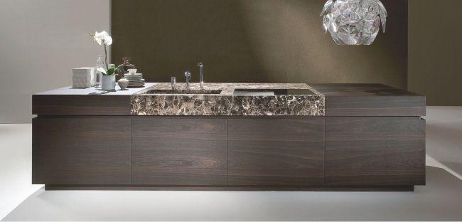 Moderne Küche Mit Kochinsel Dunkles Holz Marmor Spüle | Küchen ... Kuche Mit Kochinsel Holz Marmor