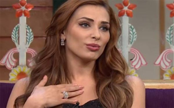 #IuliaVantur finally opens up about her relationship status.  #ComingTrailer #news #Gossip #Salmakhan #Salman #BeingHuman #Bollywood
