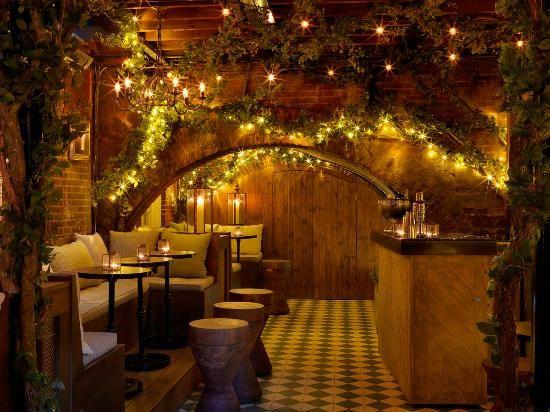 the bloomsbury club bar & dining room, 4.5 stars. 50% off food.