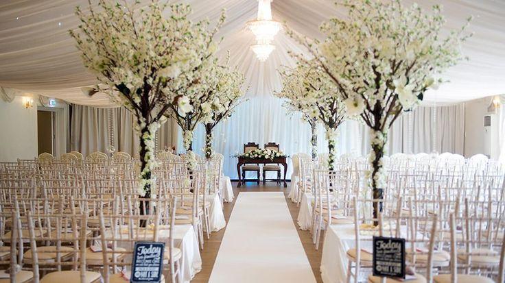 8 Wonderful Wedding Venues In Essex - Fennes | CHWV