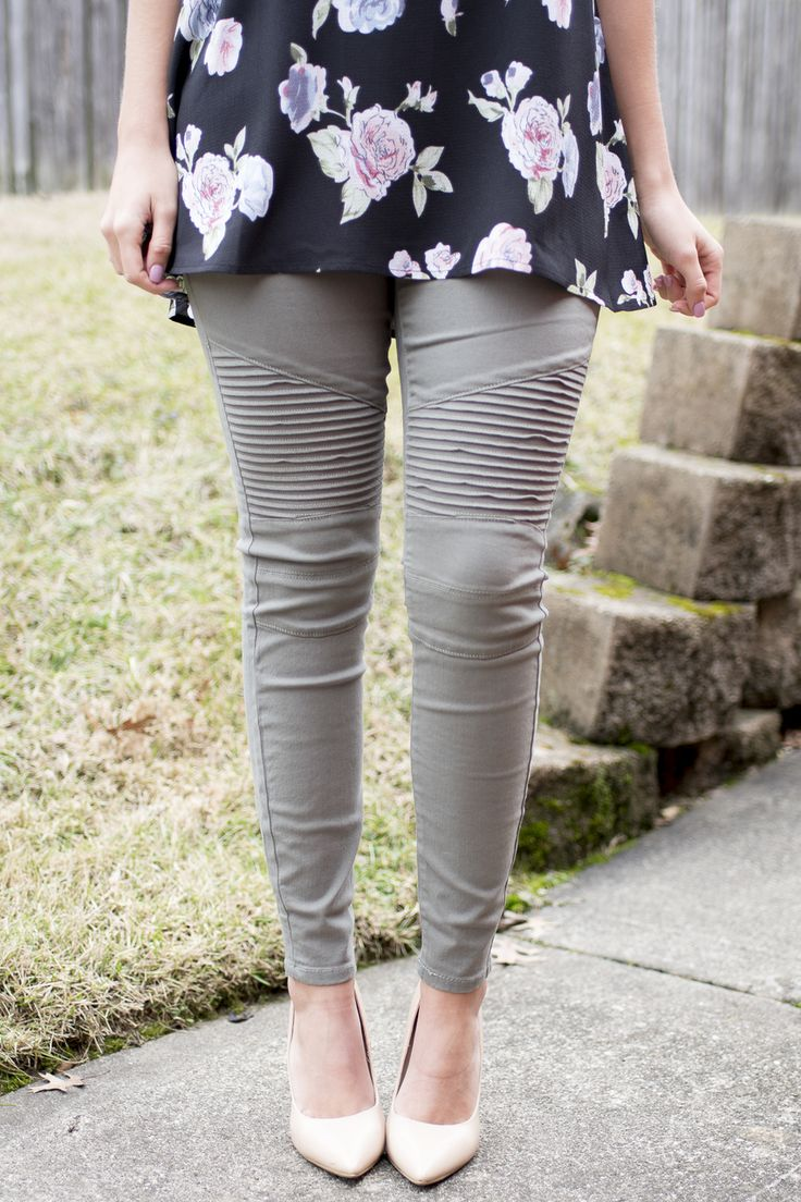 Pink Slate Boutique - On the Open Road Moto Pants (Olive), $42.00 (http://www.pinkslateboutique.com/on-the-open-road-moto-pants-olive/)