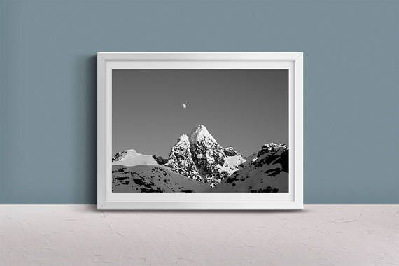 Mountain Photo  Glomtinden. Instant Download