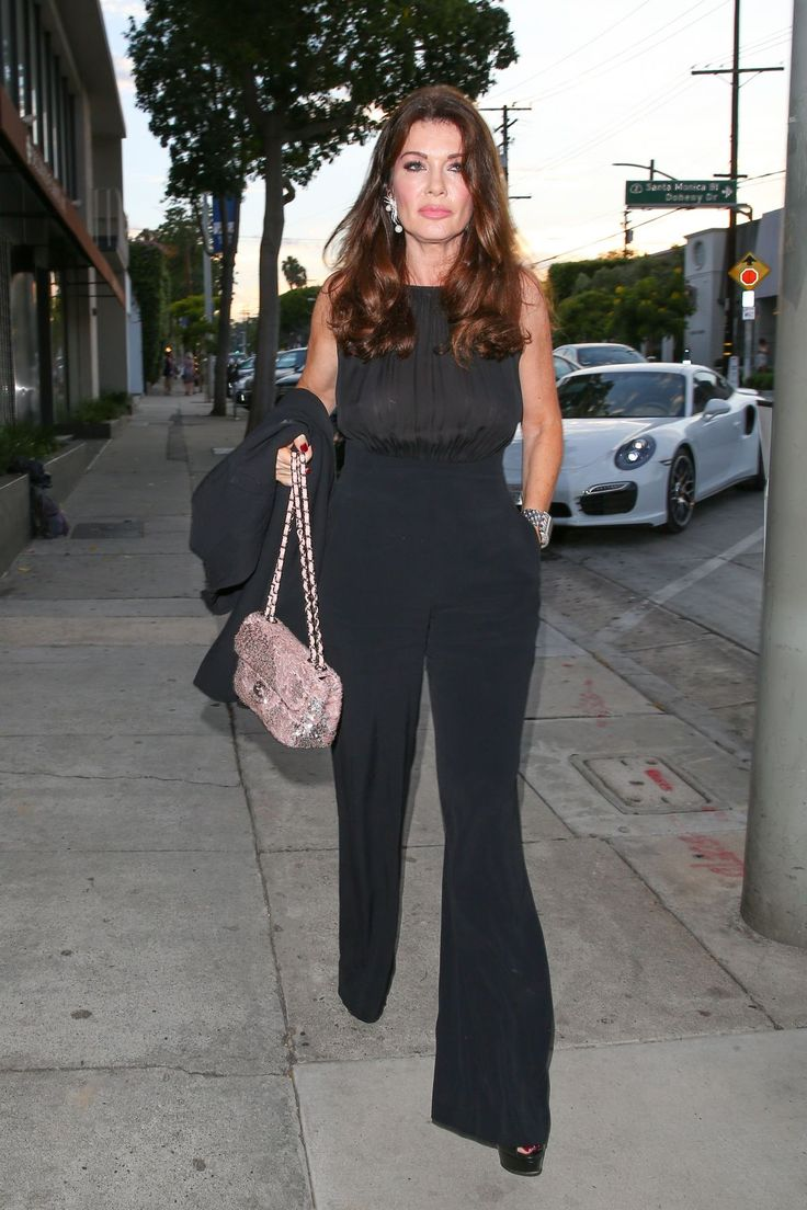 LISA VANDERPUMP at Craig