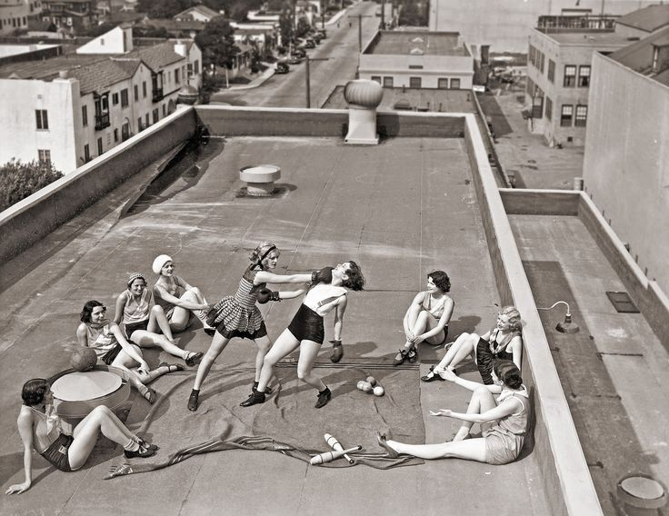 Women boxing on a roof at RKO Studios, Hollywood, 1938