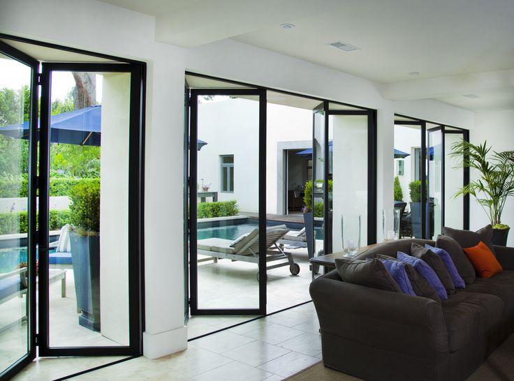 Bocken Residence In San Diego Ca Featuring Lacantina Aluminum Bifold Doors Bockenresidence Sandiego Folding Glass Doors Modern Glass House Harris House