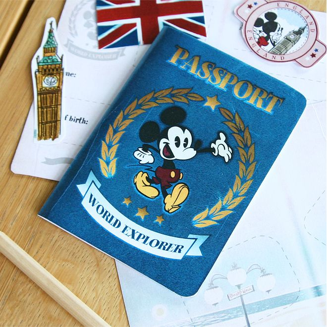 Travel-with-Mickey-British-Activity-Pack