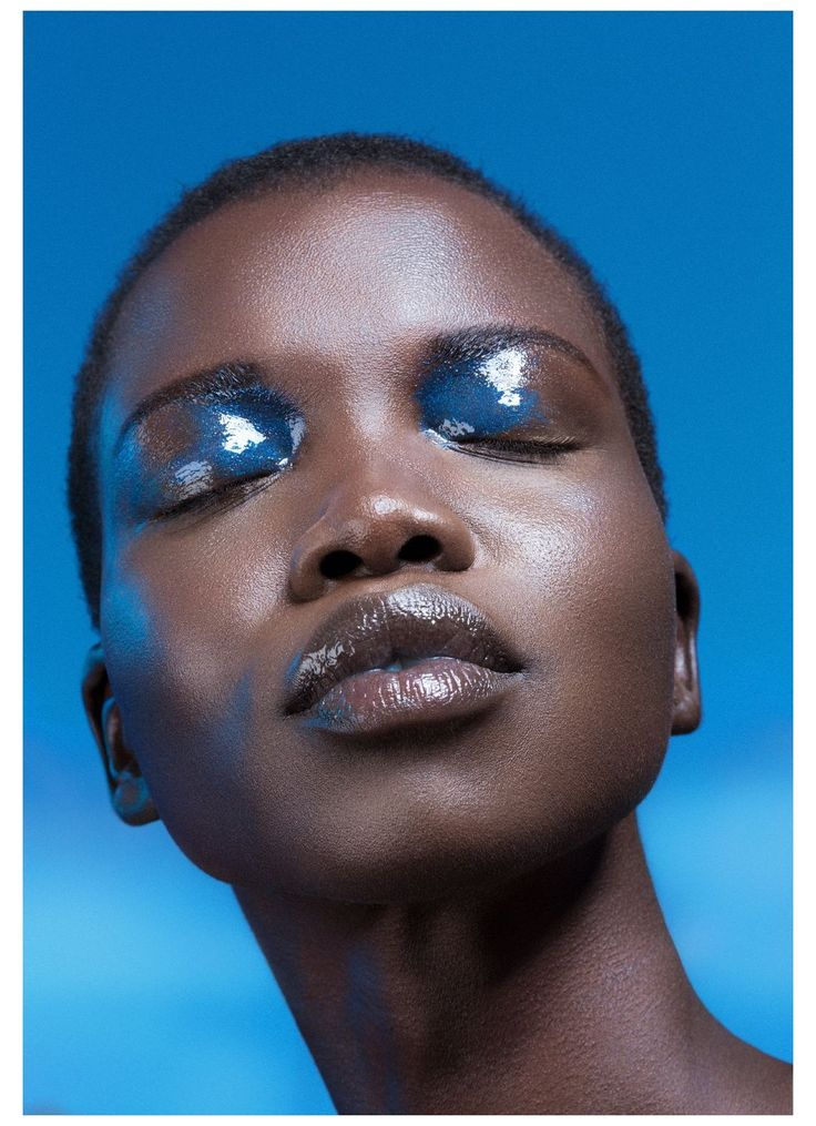 Makeup Inspo, Makeup Art, Makeup Inspiration, Beauty Makeup, Makeup Eyeshadow, Dark Skin Makeup, Blue Makeup, African Makeup, Art Visage