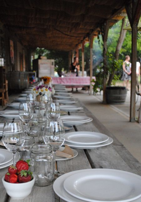 Winemaker dinner, Okanagan-style, at Covert Farms Family Estate.