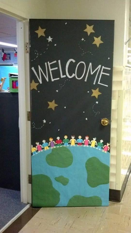 Las 25 mejores ideas sobre puerta de bienvenida en - Puertas de madera decoradas ...