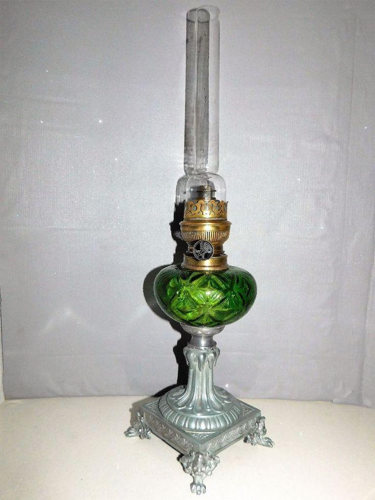 LAMPE A PETROLE ANCIENNE PIED REGULE SCULPTE DE PATTES D'ANIMAUX  OLD LAMP