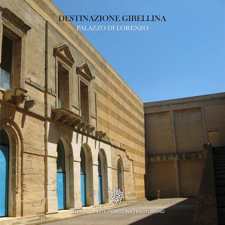 Palazzo di Lorenzo è stato progettato nel 1981 dall'architetto Francesco Venezia e terminato nel 1987. Si tratta di una singolare casa-museo che racchiude nel suo cortile un antico edificio della Vecchia Gibellina.  Posto al margine tra la città e la campagna è un luogo di grande suggestione.