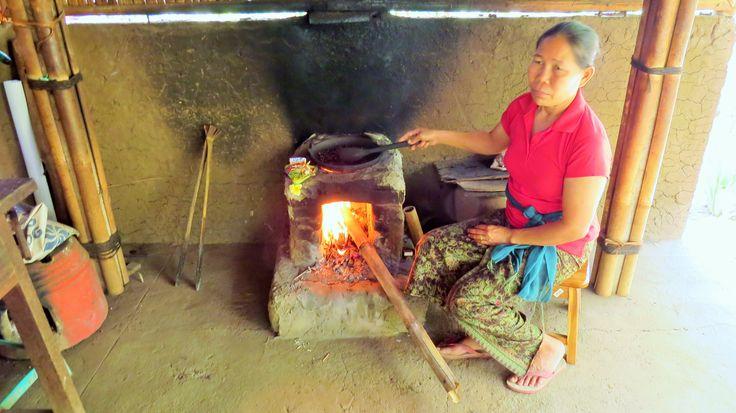 She is roasting the coffee beans extracted from the shit of #Luwak (Asian Palm #Civet) :D #KopiLuwak #mangotraveler #thrillthrush #bali #rt