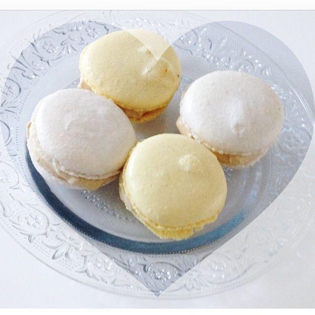 Macarons med lakrids og hvid chokolade - Bakgaard & Co.
