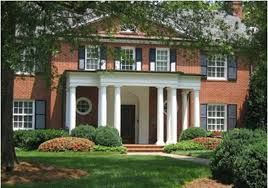 looking for the best boarding school in USA? We present here one of top boarding schools for girls in US.  Foxcroft School in Middleburg, Virginia is celebrating its 100th year educating girls in 2013-14. Academic excellence, leadership, responsibility, and integrity are our highest values. http://best-boarding-schools.net/united-states-country-schools
